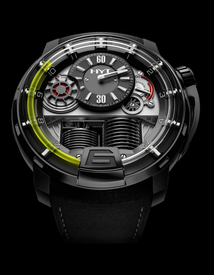 2LMX Watch uses rotating drums to indicate the time. 1